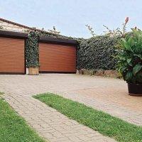 rolete-la-garaj-ieftine-1024x683-min